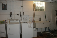 chatfield_drive_basement_with_bath_laundry_b6
