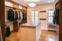 south_woodland_road_master_bath_and_closet_13